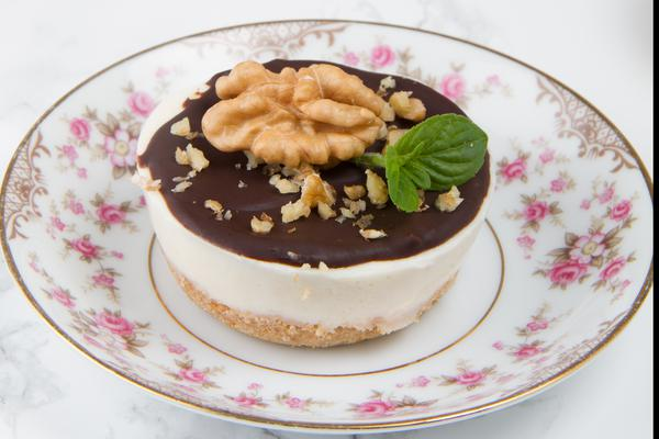 Keto Chocolate Cheesecake Fat Bombs