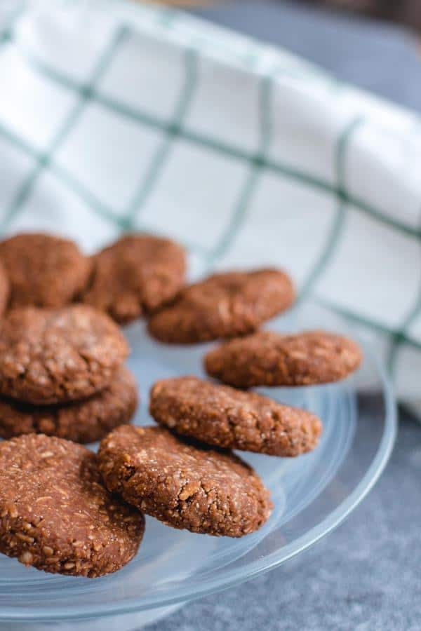 Keto No Bake Chocolate Cookies