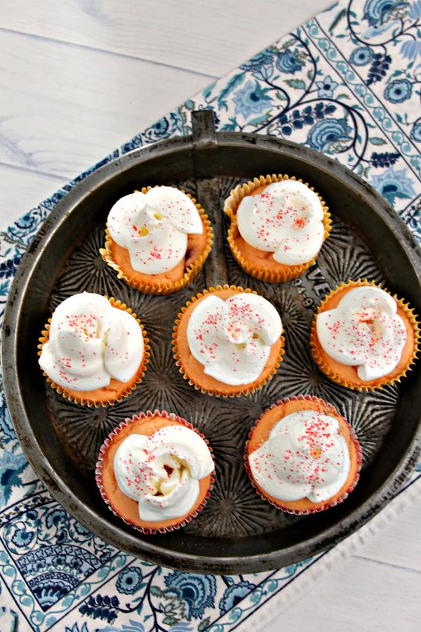 Weight Watchers Raspberry Lemonade Cupcakes