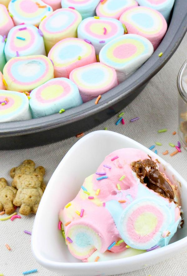 Kids Party Food! BEST Unicorn Smores Dip – EASY Party Food Ideas – Recipes - Snacks - Desserts