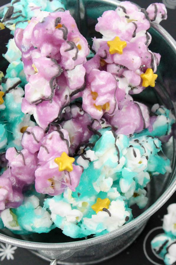 Kids Party Food! BEST Galaxy Chocolate Popcorn – EASY Space - Galaxy Party Food Ideas – Recipes – Snacks – Desserts