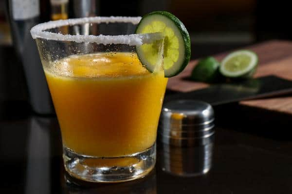 Alcoholic Drinks – BEST Peach Margarita Recipe – Easy and Simple Frozen Margarita - How To Make Homemade Margarita