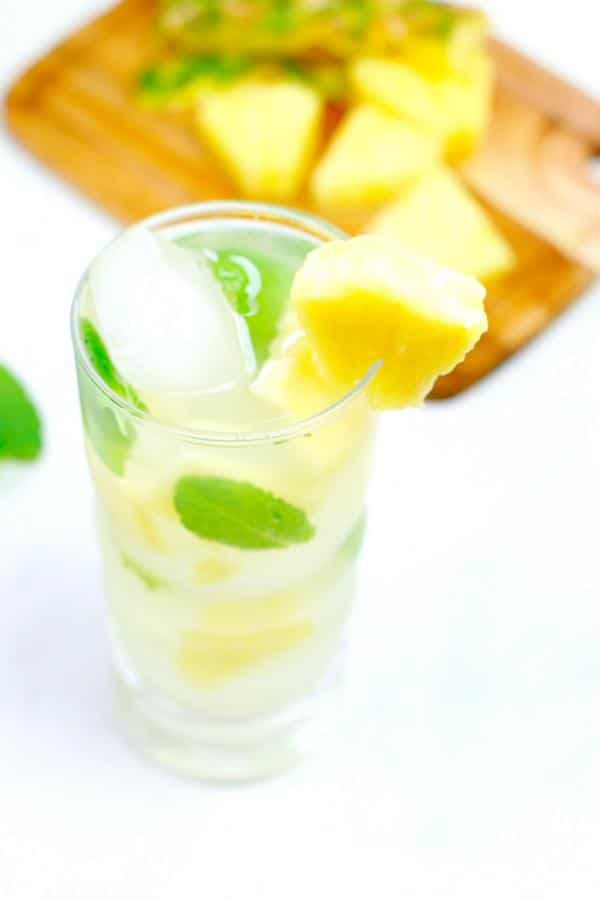 Alcoholic Drinks – BEST Pineapple Coconut Mojito Recipe – Easy and Simple Rum Cocktail – How To Make Homemade Alcohol Cocktails