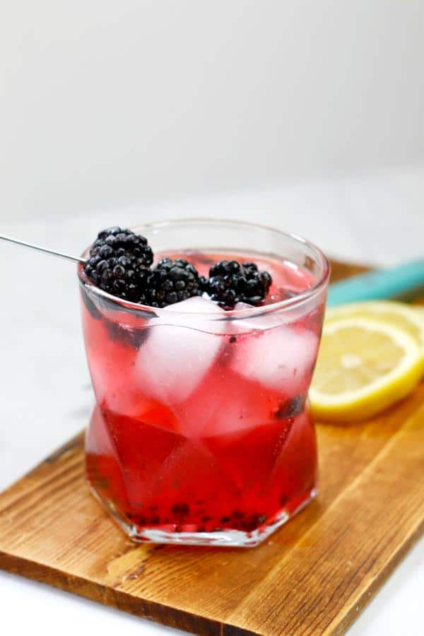 Alcoholic Drinks – BEST Blackberry Lemon Bramble Recipe – Easy and Simple Vodka Cocktail – How To Make Homemade Alcohol Cocktails