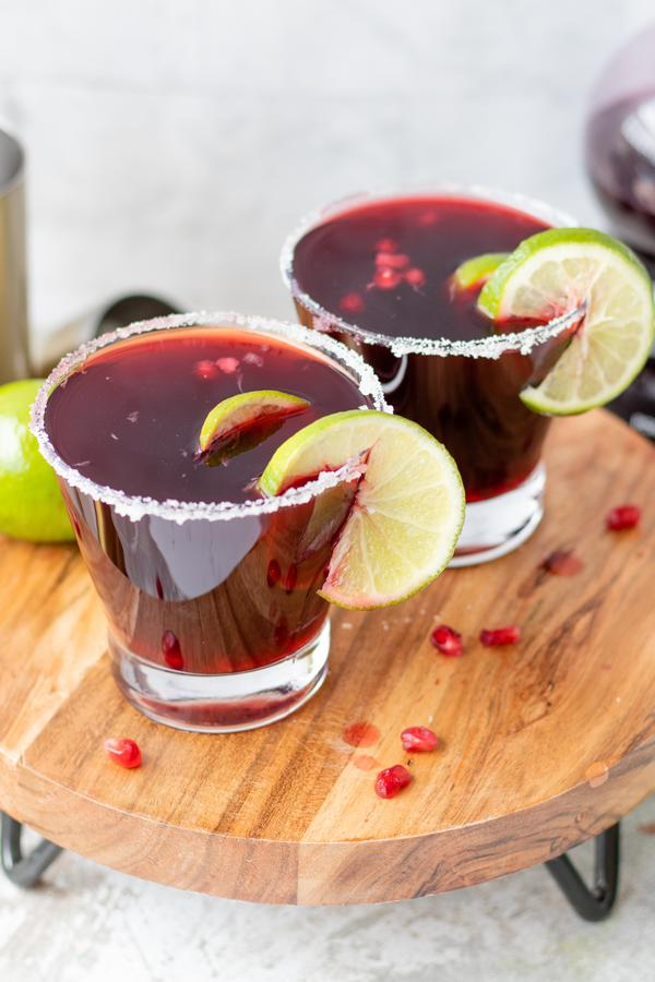 Alcoholic Drinks – BEST Pomegranate Martini Recipe – Easy and Simple Vodka Cocktail – How To Make Homemade Alcohol Cocktails