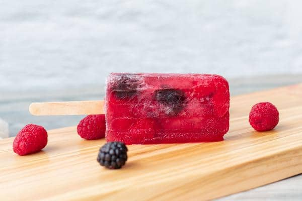 Wine Popsicles - BEST Boozy Popsicles Recipe - Easy and Simple Red Wine Popsicles - How To Make Alcoholic Popsicles