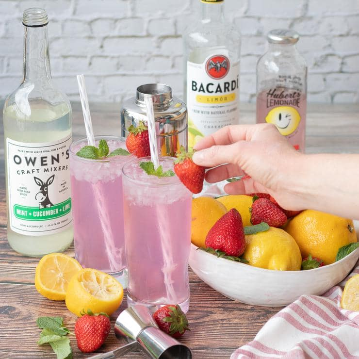 Alcohol Drinks Strawberry Lemonade Mojito