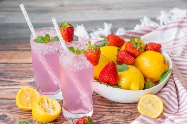 Alcoholic Drinks – BEST Strawberry Lemonade Mojito Recipe – Easy and Simple Rum Cocktail – How To Make Homemade Alcohol Cocktails