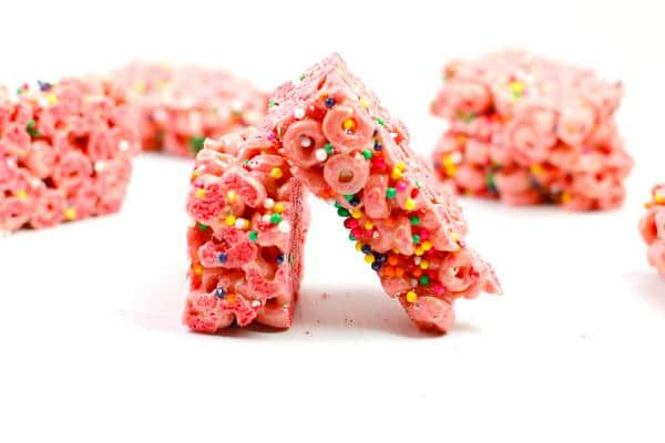 Easy Cereal Bars – Best Homemade Fortnite Llama Loops Cereal Bar Recipe – {Easy} Breakfast – Snacks – Desserts – Quick – Simple