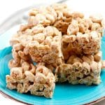 Easy Cereal Bars – Best Homemade Honey Bun Cinnamon Roll Cereal Bar Recipe – {Easy} Breakfast – Snacks – Desserts – Quick – Simple