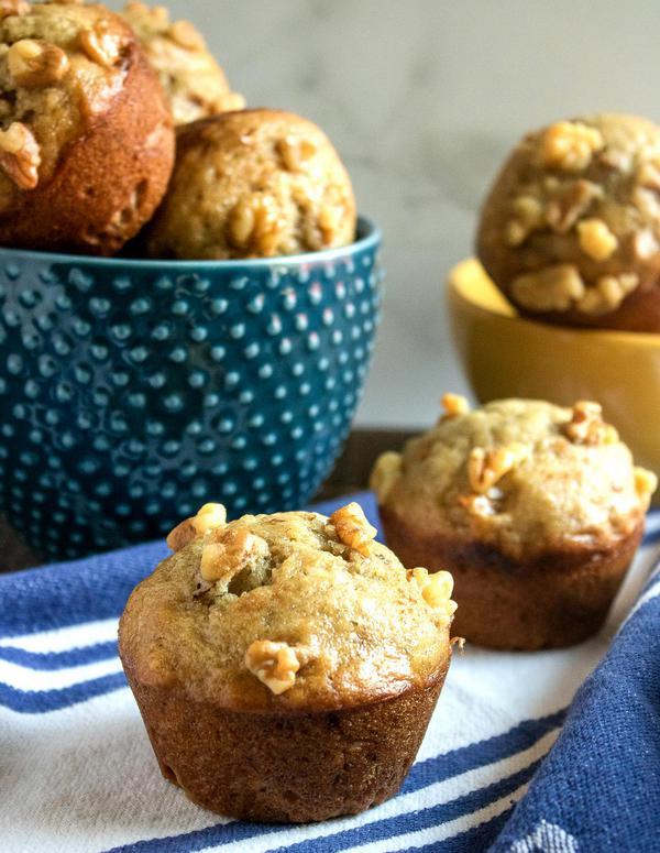 Banana Nut Muffins! Best Mini Banana Nut Muffin Idea – Quick & Easy Muffin Recipe – Snacks – Desserts – Breakfast