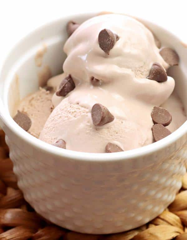 5 Ingredient Homemade Ice Cream – EASY – Quick – Simple No Churn Chocolate Ice Cream Recipe – BEST Homemade Ice Cream – Simple – Quick – Desserts – Snacks – Party Food