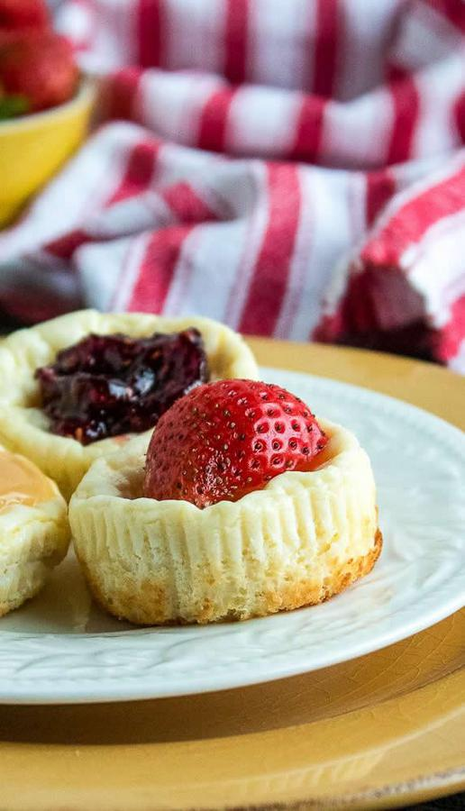 Easy Cheesecake – Best Homemade Cheesecake Cups Recipe – {Easy} – Snacks – Desserts – Party Food – Quick – Simple