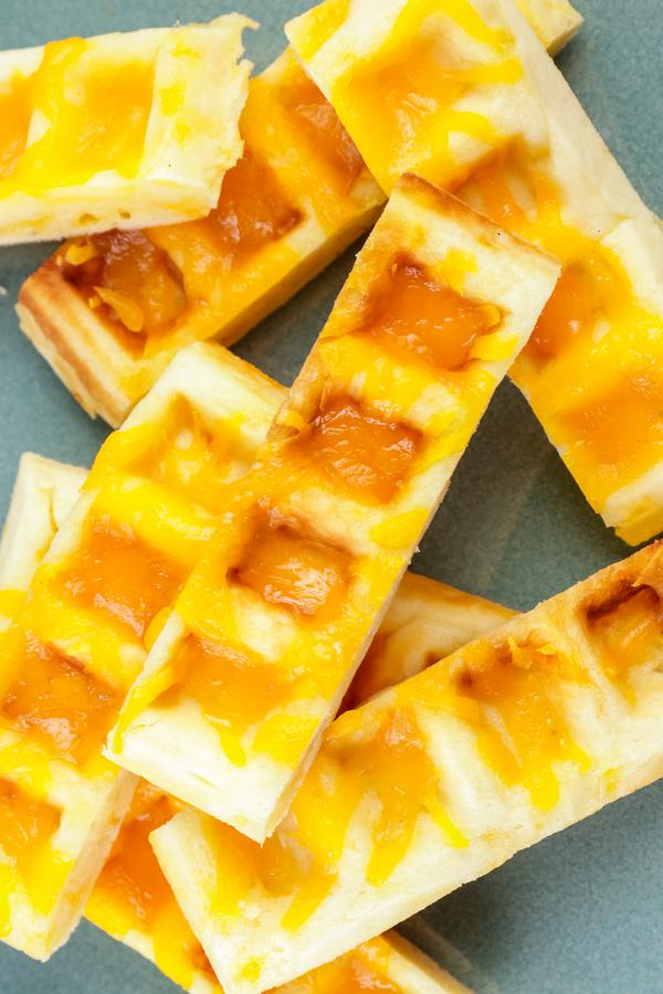 Easy Garlic Bread Cheese Sticks – Best Homemade Garlic Cheese Waffle Sticks Recipe – {Easy} Lunch – Dinner – Snacks – Side Dishes – Quick – Simple