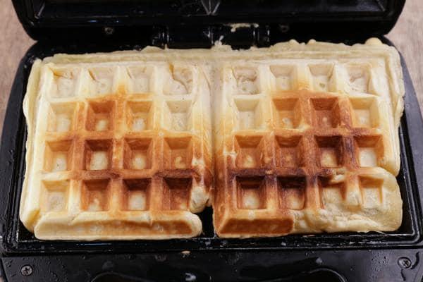 Gluten Free Cinnamon Roll Waffles