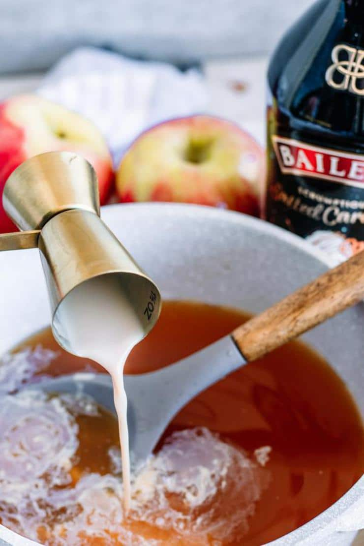 Alcohol Drinks Spiked Caramel Apple Cider