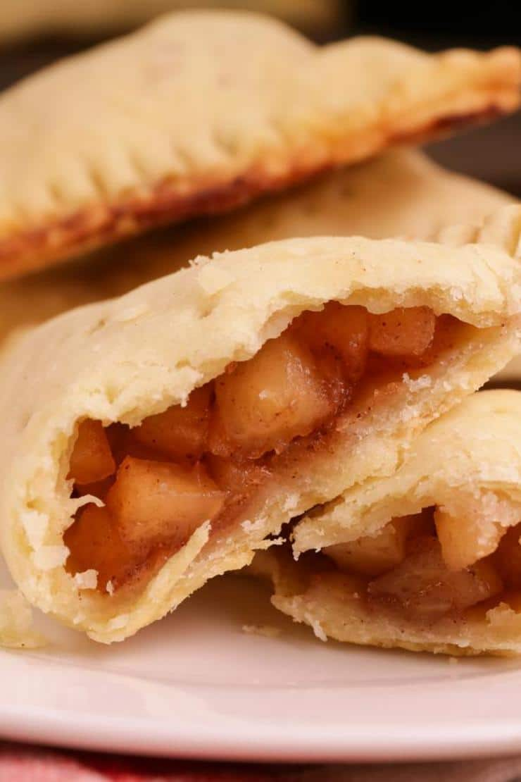 Easy Apple Hand Pies – Best Homemade Apple Pie Recipe – {Easy} Recipes – Snacks – Desserts – Breakfast – Quick – Simple
