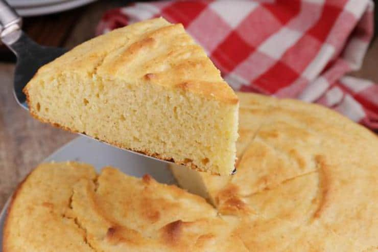 Easy Cornbread – Best Homemade Cornbread Recipe – {Easy} Recipes – Side Dishes – Quick – Simple