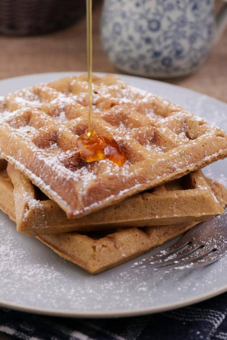 Easy Waffles – Best Homemade Gingerbread Waffle Recipe – {Easy} Breakfast – Snacks – Desserts – Quick – Simple