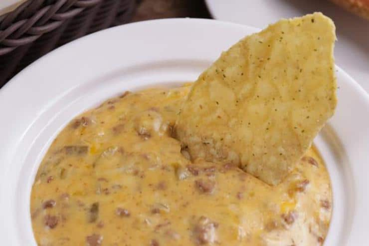 Easy Crockpot Queso Dip – Best Homemade Beef Queso Dip Recipe – Slow Cooker Appetizers – Snacks - Party Food – Quick – Simple