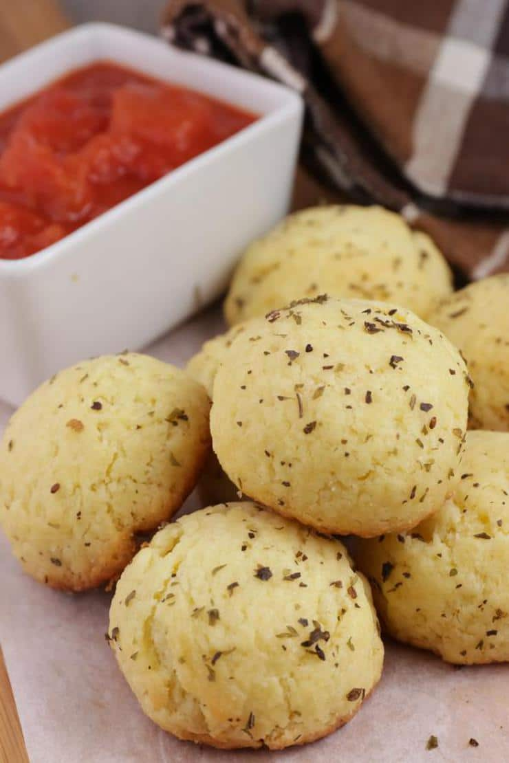 Easy Pizza Bombs – Best Homemade Pepperoni Pizza Recipe – Finger Food – Appetizers – Snacks – Party Food – Quick – Simple
