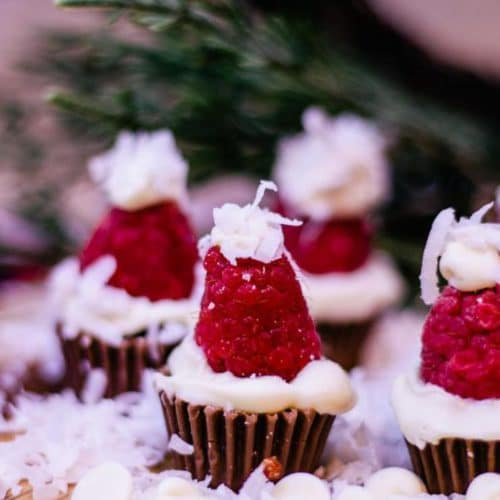 Christmas Reese Peanut Butter Cup Santa Hats – BEST Chocolate Peanut Butter Recipe – {Easy} Holiday Idea – Party Food – Desserts – Snacks