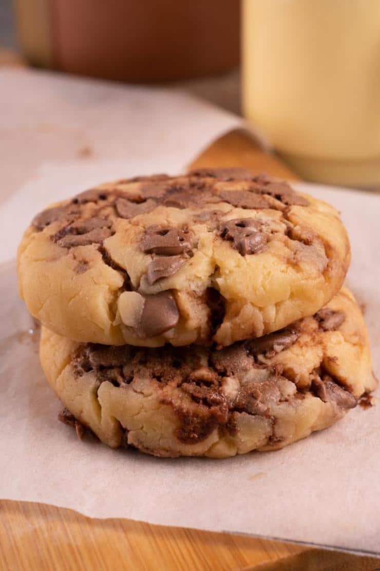 1 Minute Microwave Chocolate Chip Cookie