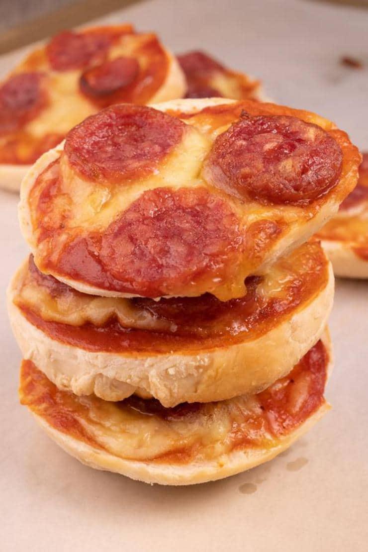 2 Ingredient Bagel Dough Bagel Pizza