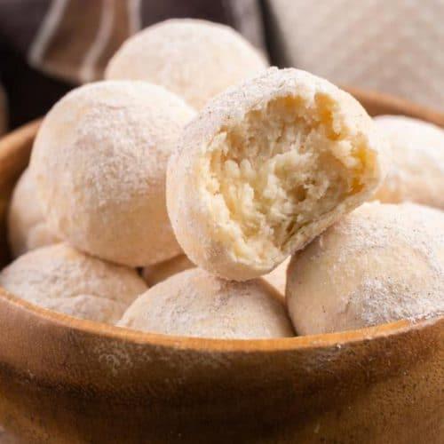 2 Ingredient Cinnamon Sugar Donut Holes – Best Donut Holes Recipe – {Easy} – Breakfast – Snacks - Desserts – Quick – Simple