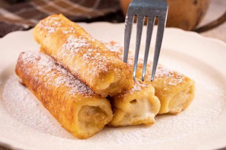 Easy Banana Bread French Toast Roll Ups