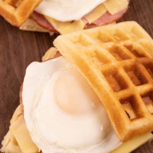 Easy Breakfast Sandwich – Best Homemade Stuffed Waffle Breakfast Sandwich Recipe – {Easy} – Breakfast – Lunch – Dinner – Quick – Simple