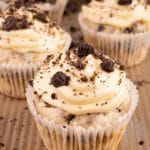 Easy Cupcakes - Best Cookies and Cream Cupcake Recipe - Desserts – Snacks - Party Food