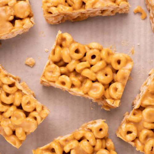 3 Ingredient Peanut Butter Cheerio Bars - Best Cereal Bar Recipe - Desserts – Snacks - Party Food