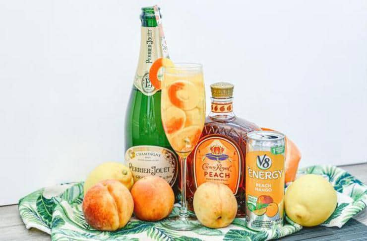 Alcohol Drinks Sparkling Crown Peach Cocktail