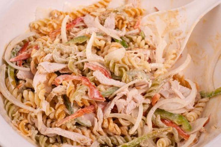 Easy Chicken Fajita Pasta Salad
