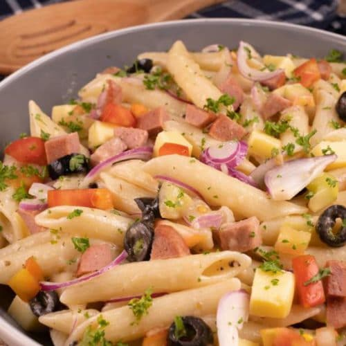 Easy Pasta Salad – Best Homemade Italian Pasta Salad Recipe – {Easy} Lunch – Dinner – Snacks – Side Dishes – Quick – Simple