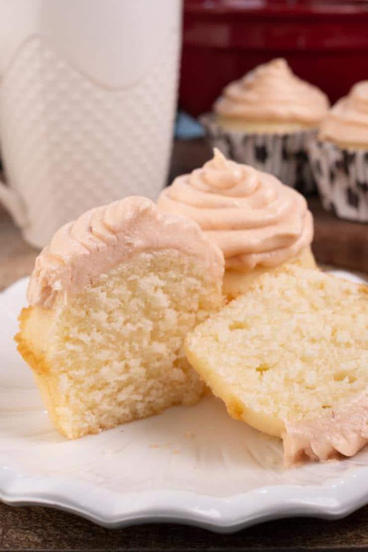 Easy Strawberry Lemonade Cupcakes
