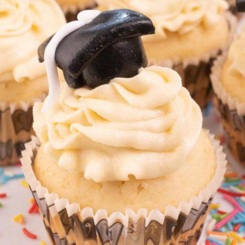 Easy Cupcakes – Best Graduation Cupcake Recipe – Desserts – Snacks – Party Food