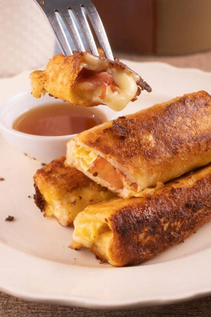 Easy Bacon Egg And Cheese French Toast Roll Ups