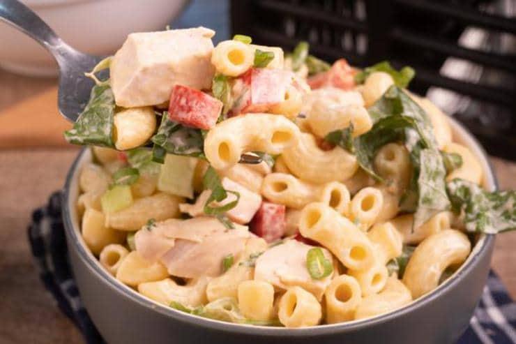 Easy Buffalo Chicken Pasta Salad