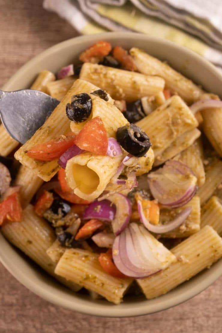 Easy Pesto Pasta Salad