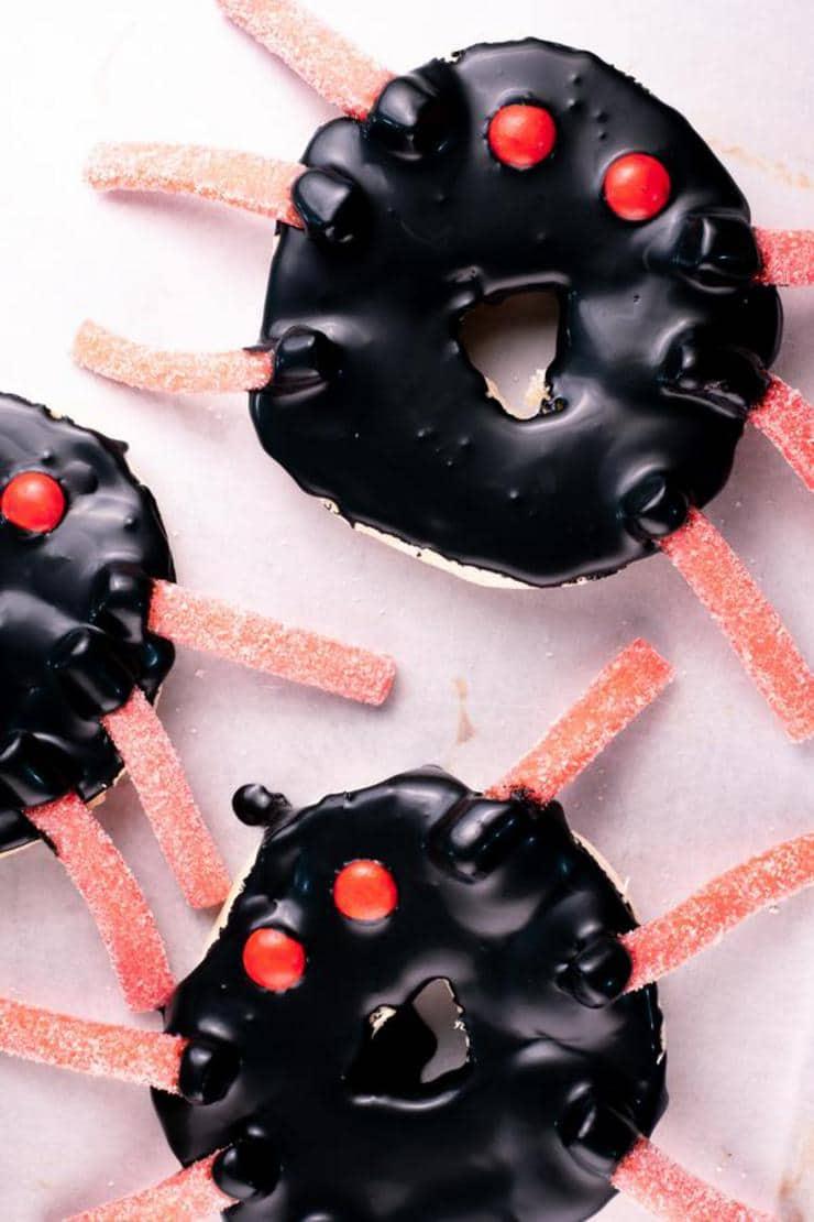 Halloween Spider Bagels